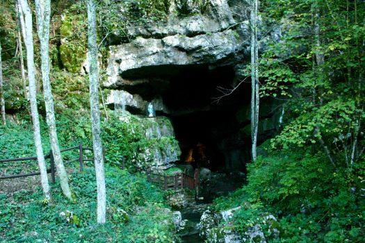 Villanova delle Grotte: viaggio negli abissi della terra