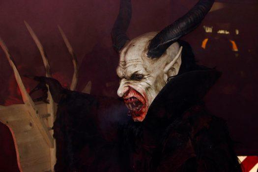 5 cose da sapere sui Krampus, rudi e benigni demoni delle montagne friulane